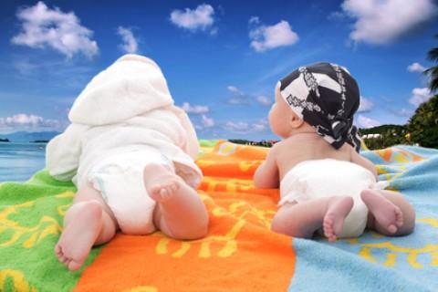 I bambini e l'abbronzatura lasciamogli prendere solo il buono del sole