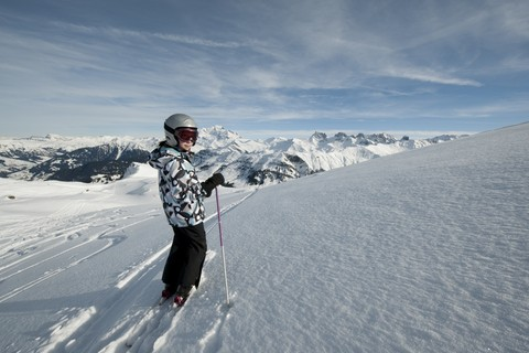 Ecco  gli sport invernali per i bambini: sci, pattinaggio, slittino
