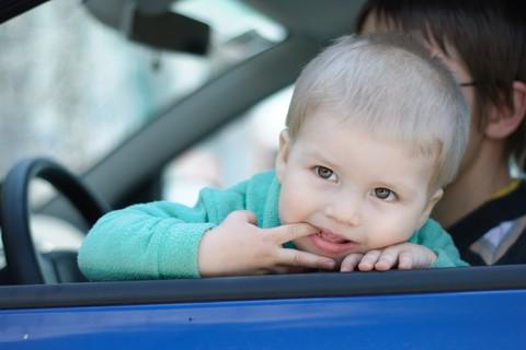 Differenza di orario e mal d'auto, piccoli disturbi di viaggio nei bambini