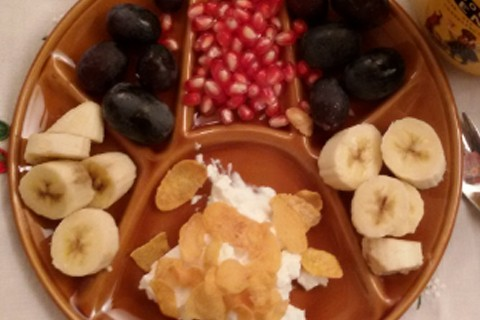 Banana uva e melograno