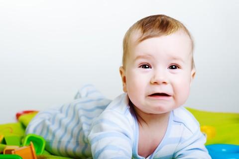 Il pianto dei neonati disorienta i genitori