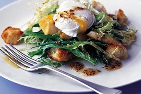Insalata  di uova e pane integrale