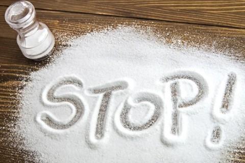 I bambini assumono troppo sale