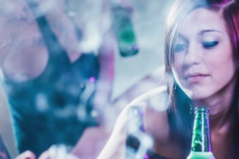Per il 90% degli adolescenti fumare cannabis è normale