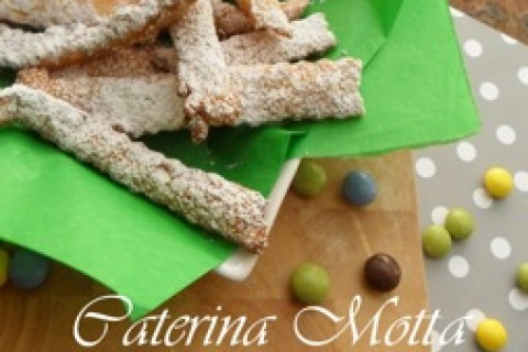Chiacchiere o frappe ecco i dolci tipici di Carnevale firmati Catemotta