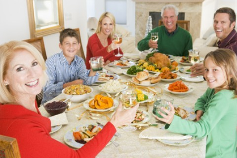 Le porzioni da mettere nel piatto: a peso o a misura? Ecco cosa preferire