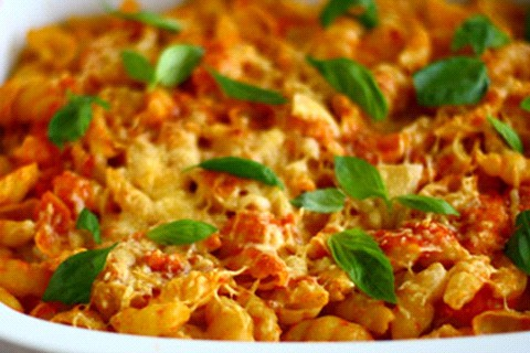 Conchiglie e mozzarella al forno