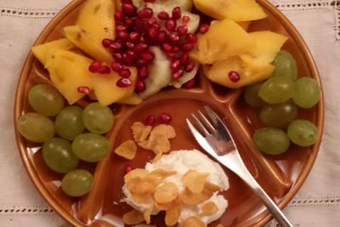 Cachi, uva, fico india e melagranata