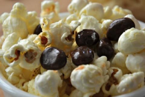 Pop-corn  &  cioccolato fondente