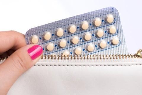 Tumore ovarico, la contraccezione allontana i rischio