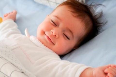 Rischio obesità se non si dorme a sufficienza fin da piccoli