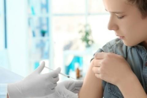 Vaccino Hpv: non è solo roba da donne