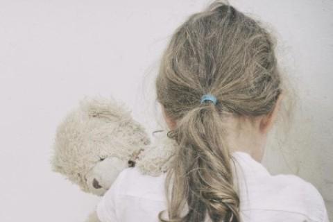Bambini abusati: non solo violenza