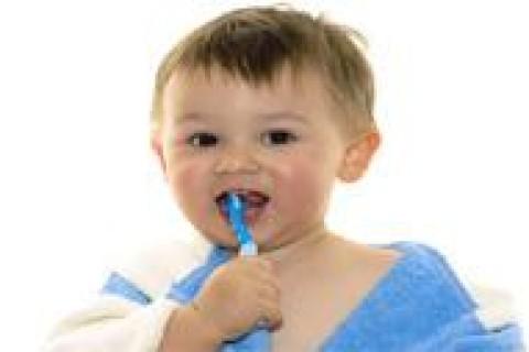 Bambini e fluoro, quanto va bene?