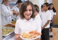 Anno nuovo, menù nuovi. Torna la mensa scolastica con tutte le sue criticità