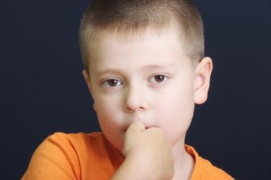 Onicofagia, quando il bambino si rosicchia le unghie