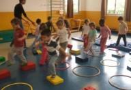 Ginnastica per i piccoli, il movimento posturale si impara da bambini