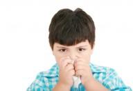 Quando  gli occhi lacrimano abbondantemente e sono arrossati è allergia