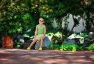 Gli occhiali da sole per i bambini non sono un vezzo ma una necessità