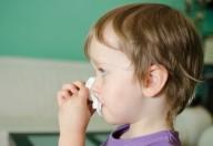 Come gestire il raffreddore dei bambini