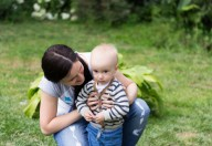 Complimenti ai piccoli senza esagerare, potrebbero diventare narcisisti