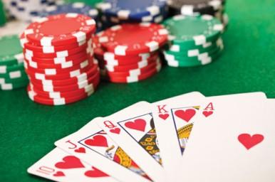 Il gambling in età adolescenziale, tutti i segnali da non sottovalutare