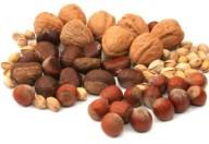 Gli alimenti per la salute del cervello: frutti di bosco, frutta secca e….