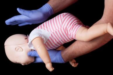 Ogni anno circa 50 mila bambini muoiono soffocati, evitarlo è possibile
