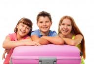 Vacanze, vediamo insieme cosa mettere nella valigia dei bambini