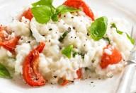 riso con mozzarella e pomodorini