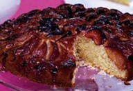 Torta di prugne e mele