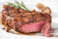 Carne rossa, il consumo eccessivo danneggia i reni