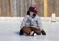 Sci, pattinaggio, slittino, sport invernali per bambini