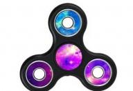 Fidget spinner, il gioco antistress e i suoi rischi