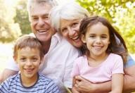 Nonni, preziosi baby sitter in vacanza