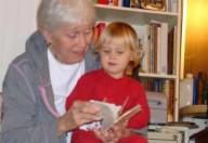 Un nonno per baby sitter, vantaggi e difficoltà