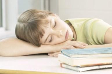 Nove ore: è il tempo giusto di sonno per bambini e adolescenti