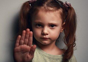 La violenza sui bambini è il fallimento degli adulti