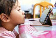 Il cervello sviluppa meno nei bambini dipendenti dai monitor