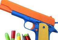 Armi giocattolo: regalarle non è sempre una buona idea
