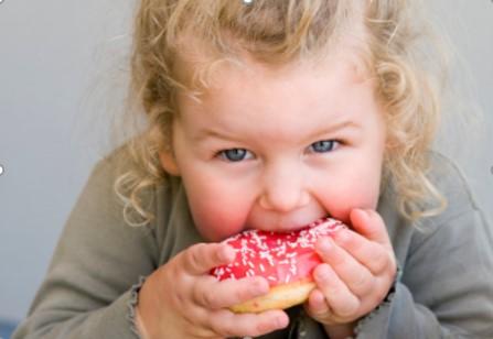 dolci e bambini grassi